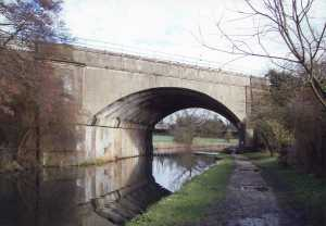 Boxmoor canal bridge 2007