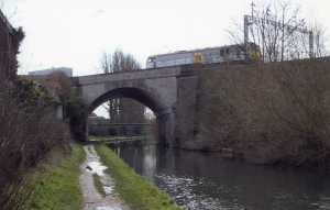 Nash Mills canal bridge 2007 (2)